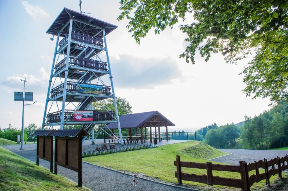 Inwestycje w otoczeniu wieży w Jodłówce Tuchowskiej