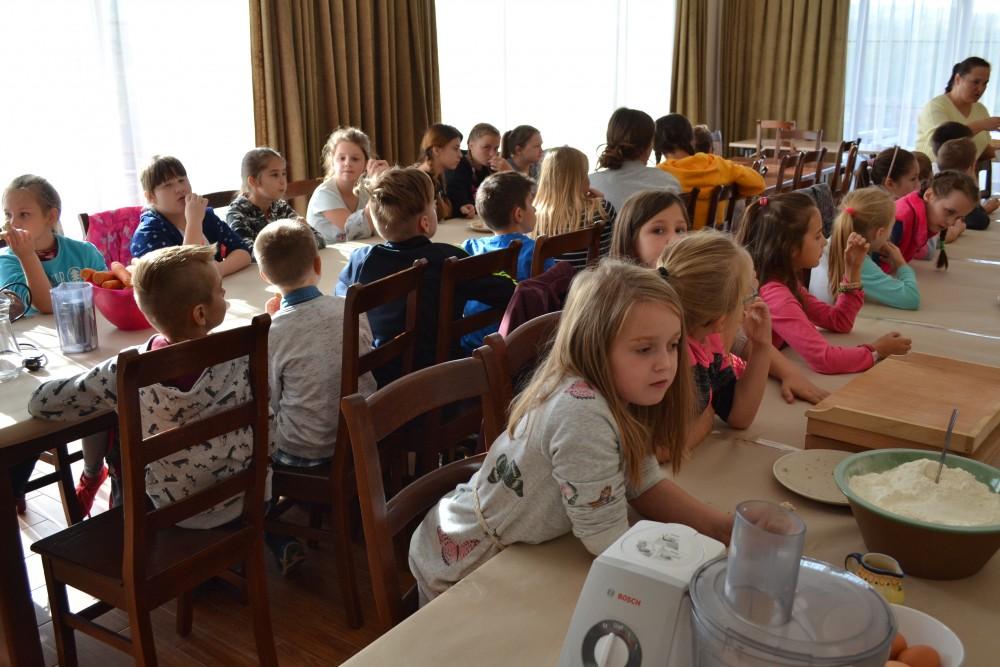 Wizyta uczniów ze szkoły podstawowej z Zakliczyna w Centrum Produktu Lokalnego