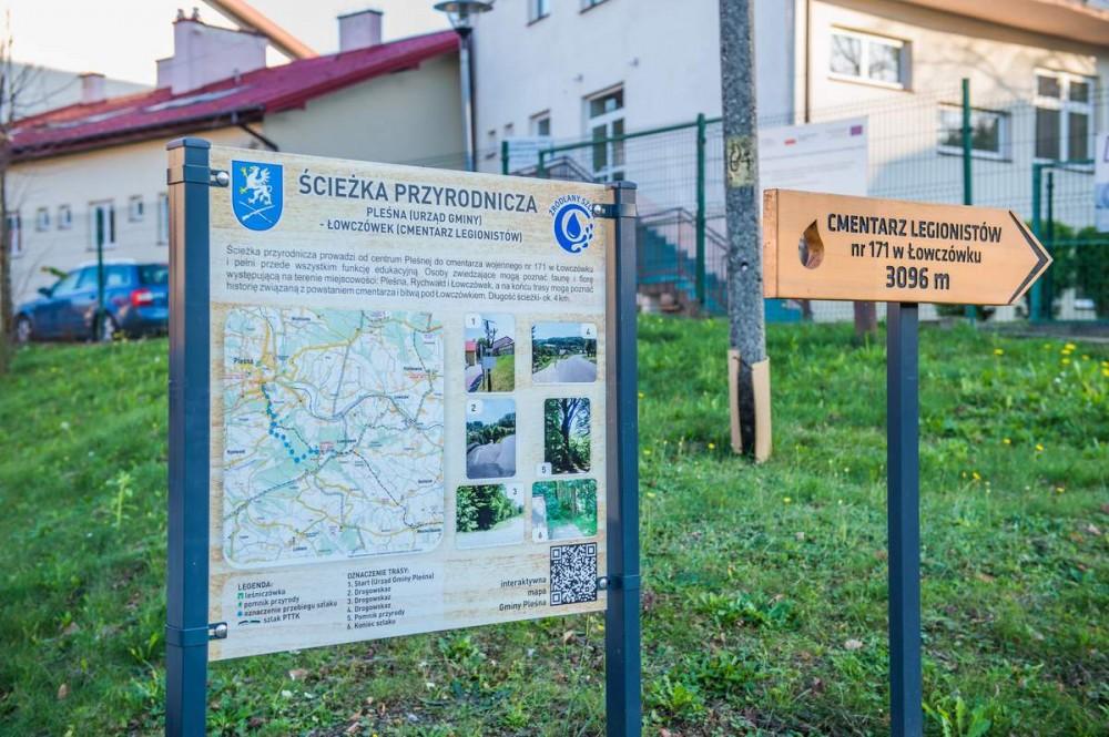 Ścieżka w Łowczówku o walorach przyrodniczych i historycznych