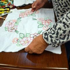 Warsztaty z szycia i zdobienia haftem serwety
